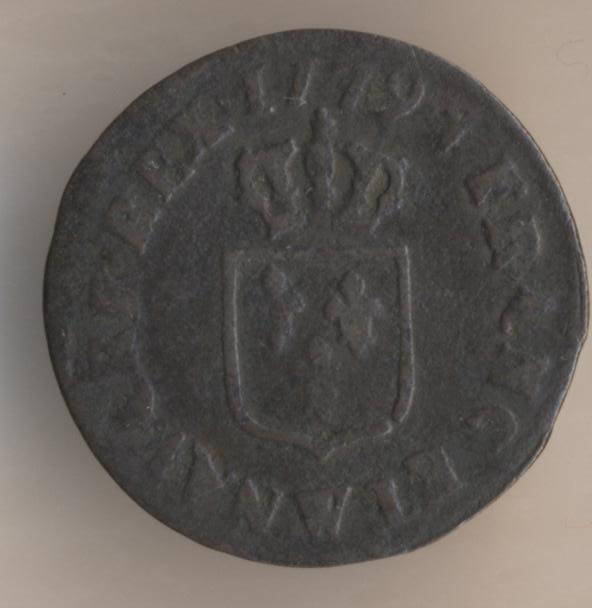 Французская медная монета лиар 1779 реверс