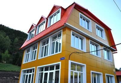 Фото гостиницы Мандарин в Листвянке